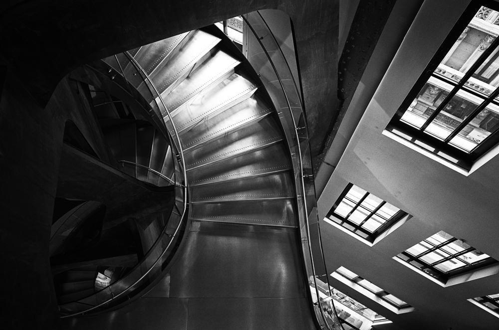 jendo-escalera